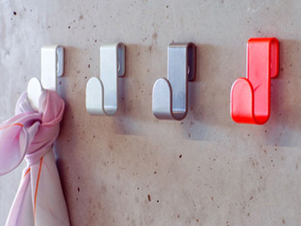 Colourful wall hooks by Schönbuch