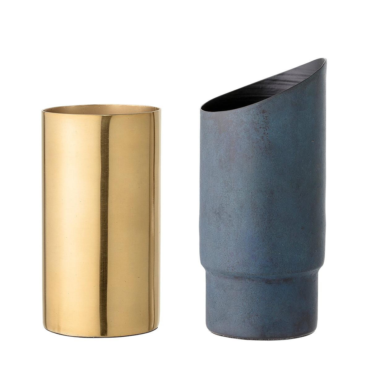 metal vase by bloomingville connox. Black Bedroom Furniture Sets. Home Design Ideas