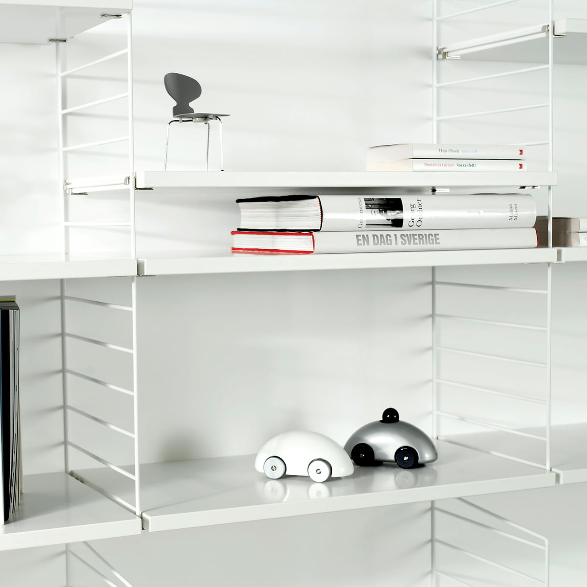 String Shelf System, White / White