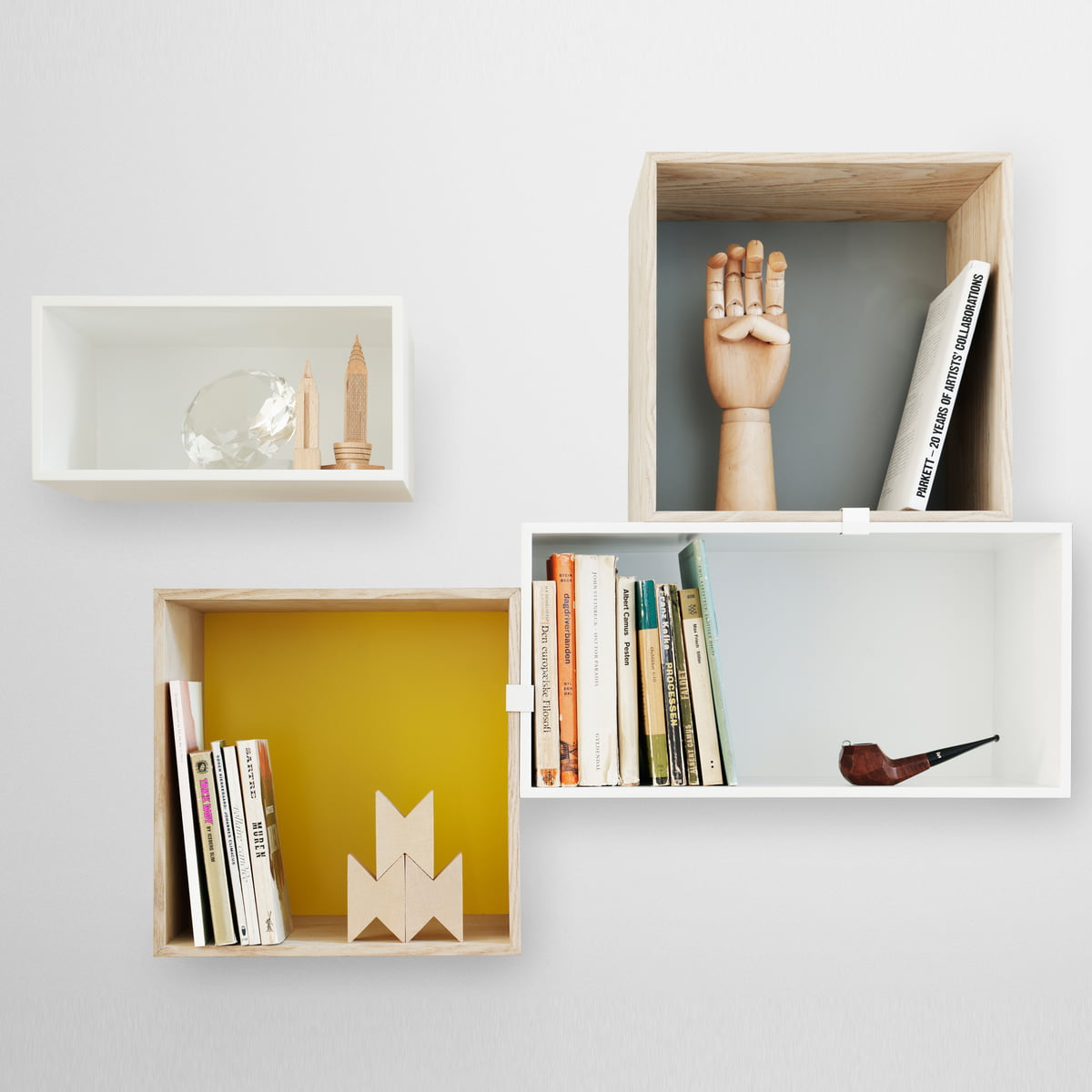 Muuto mini stacked shelving system by muuto for Connox com