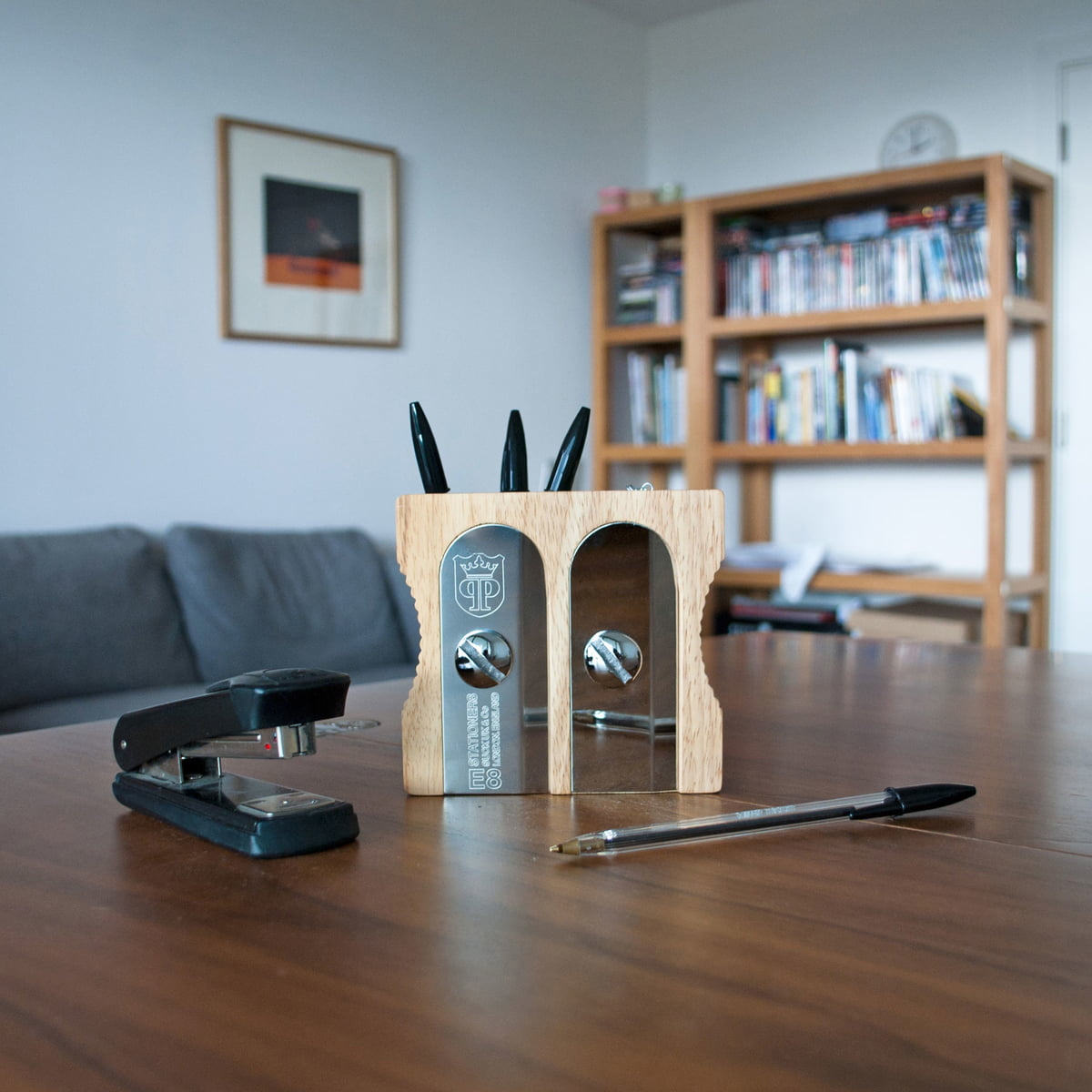 The sharpener desk tidy pencil holder - Sharpener desk tidy ...