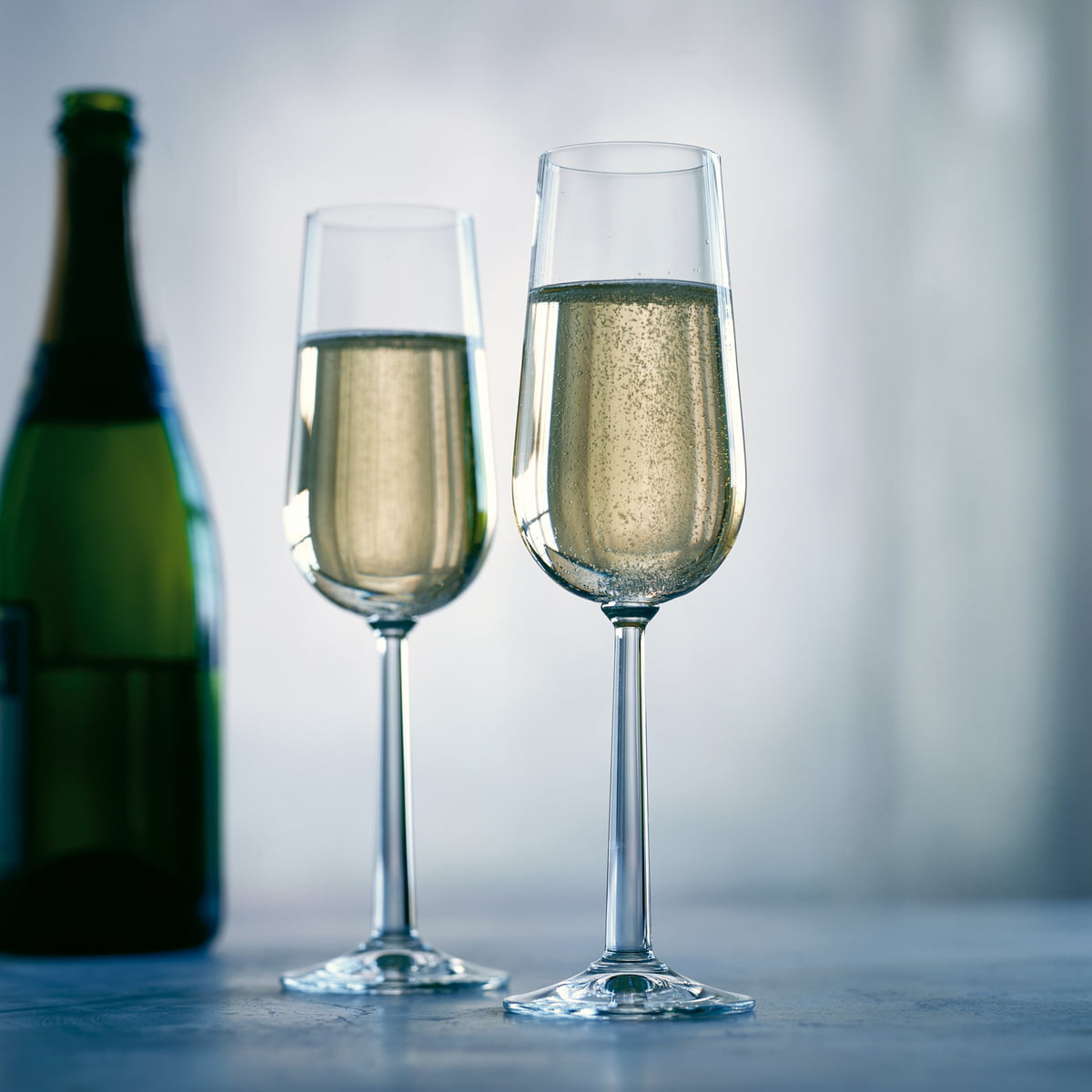 grand cru champagne glass by rosendahl. Black Bedroom Furniture Sets. Home Design Ideas
