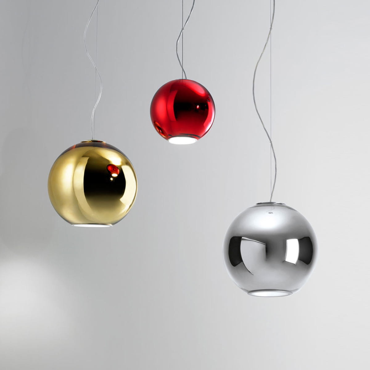The globo di luce pendant lamp by fontanaarte globo di luce pendant lamp by fontanaarte in different colours aloadofball Choice Image