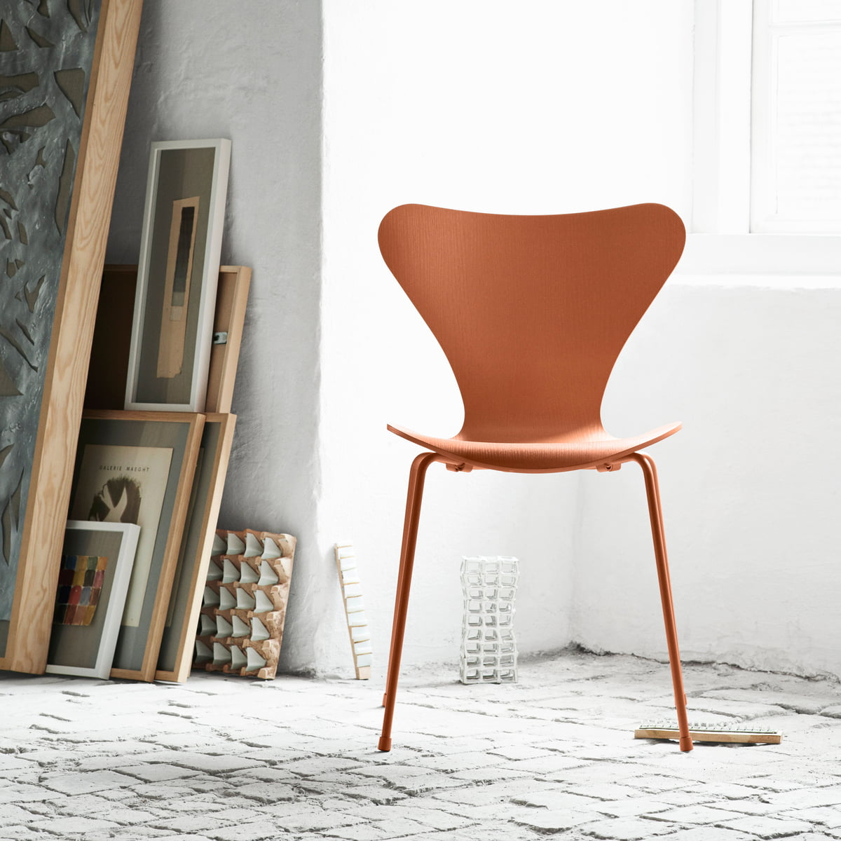 series 7 monochrome by fritz hansen. Black Bedroom Furniture Sets. Home Design Ideas