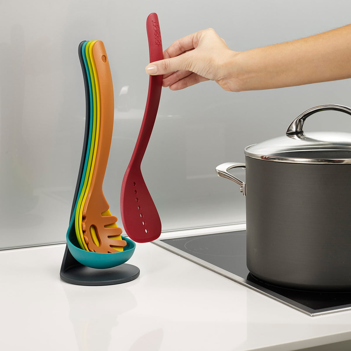 Many Kitchen Tools That Take Up Only Little Room · Joseph ...
