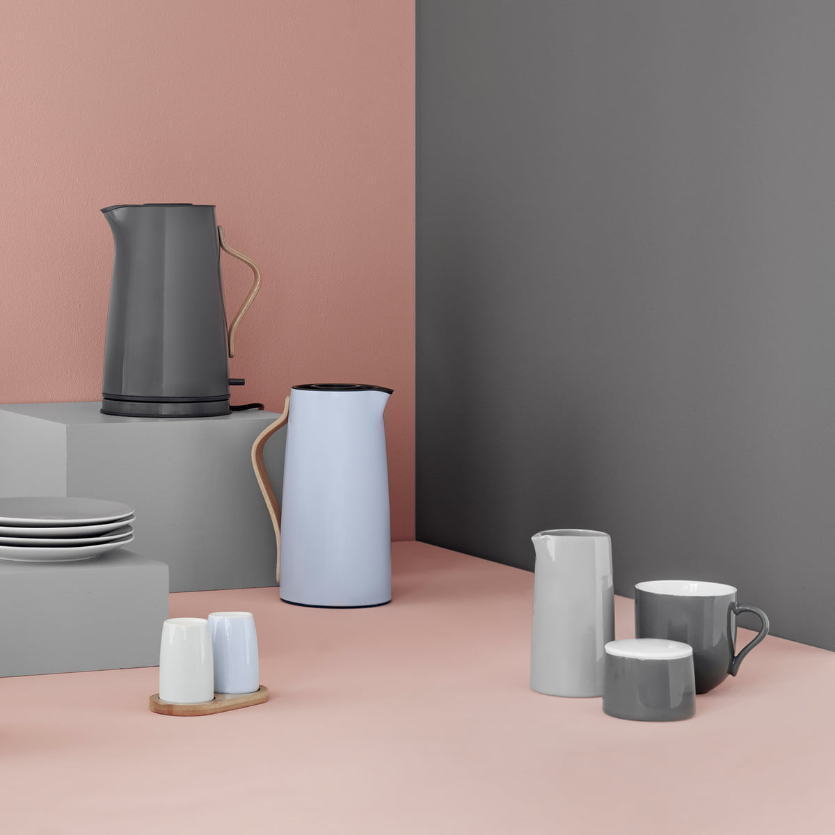stelton emma kettle connox shop. Black Bedroom Furniture Sets. Home Design Ideas