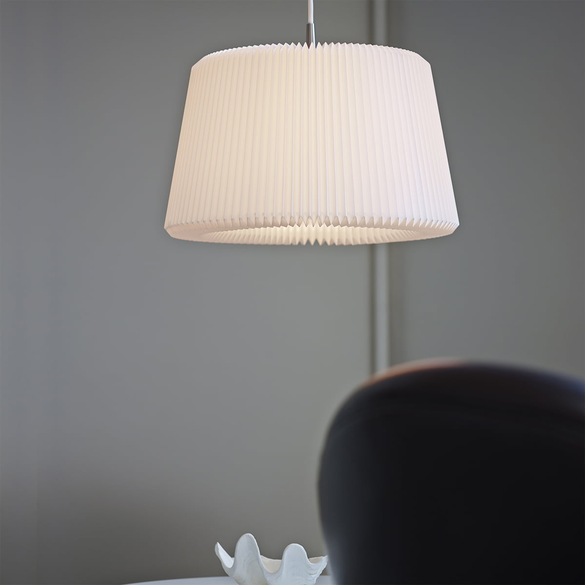 purchase the snowdrop pendant lamp by le klint