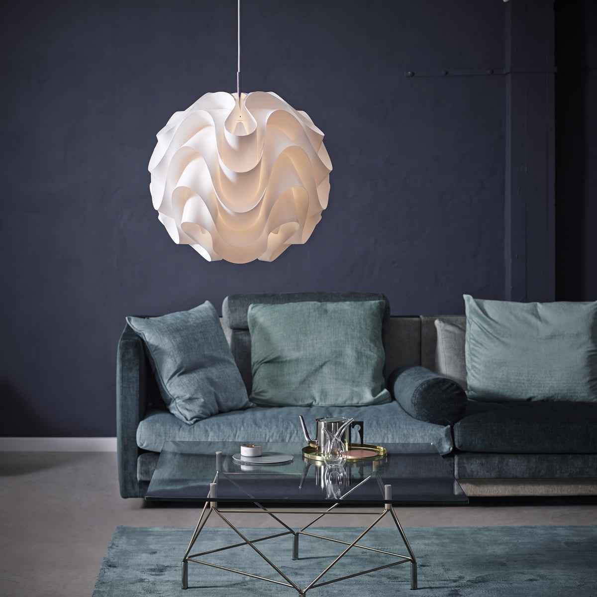 Buy the sinus pendant lamp from le klint le klint sinus 172 pendant lamp mozeypictures
