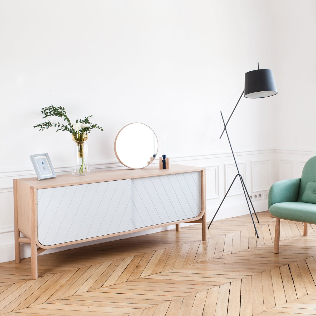 Buy the marius sideboard by hart in the design shop for Sessel hellgrau