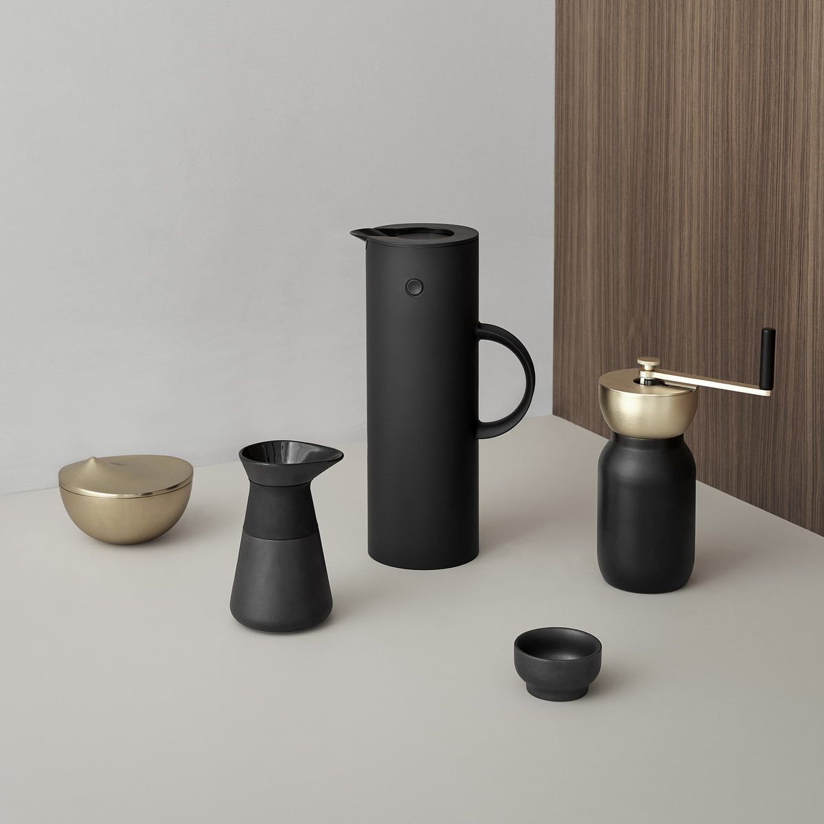 collar coffee grinder by stelton online. Black Bedroom Furniture Sets. Home Design Ideas