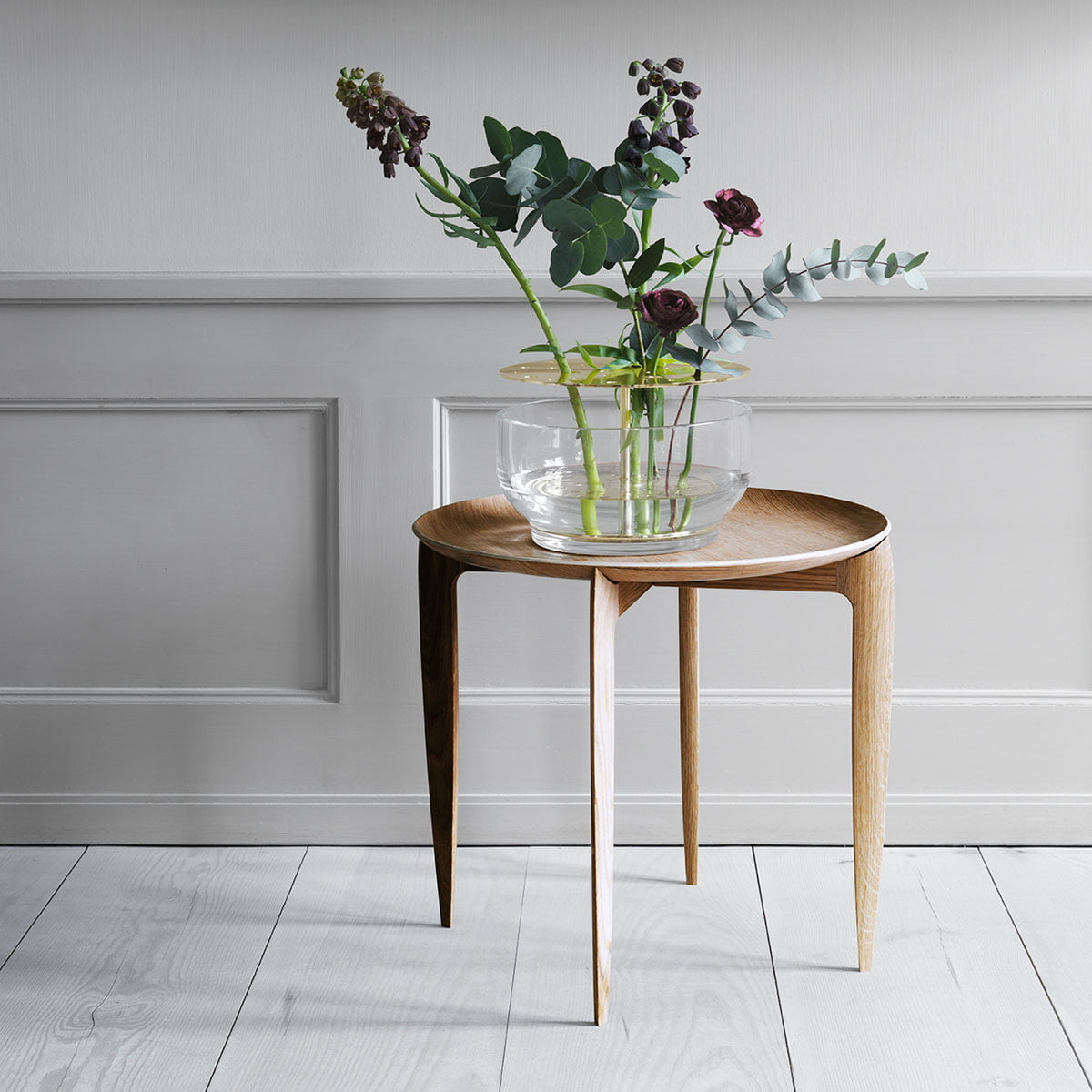 Side Table And Ikebana Vase By Fritz Hansen: