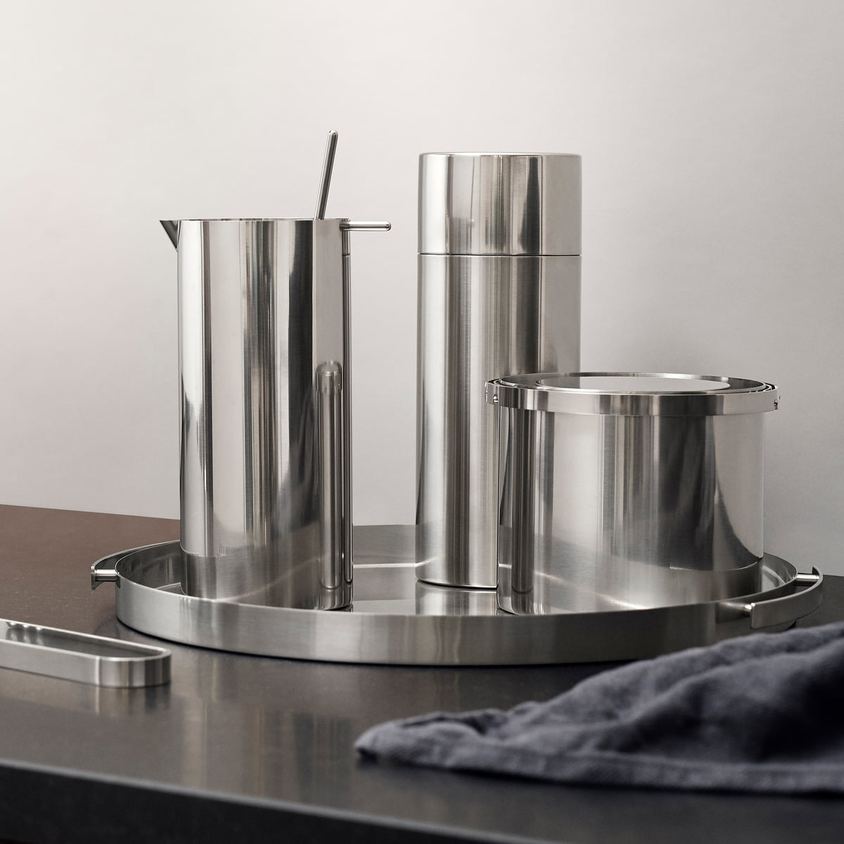 the serving tray by stelton in the shop. Black Bedroom Furniture Sets. Home Design Ideas