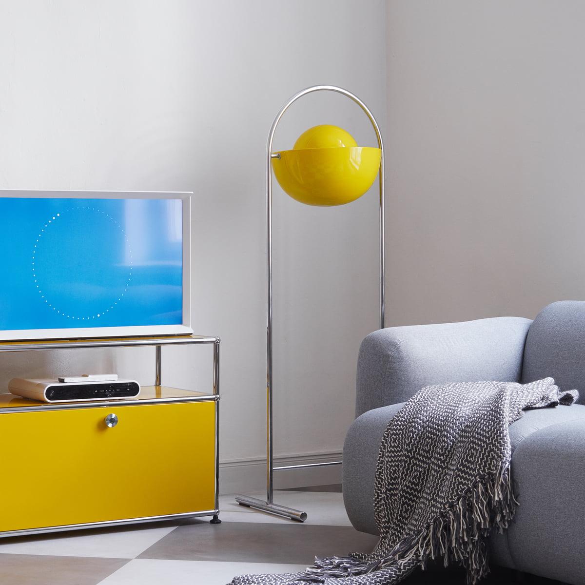 tv stand by usm haller connox. Black Bedroom Furniture Sets. Home Design Ideas
