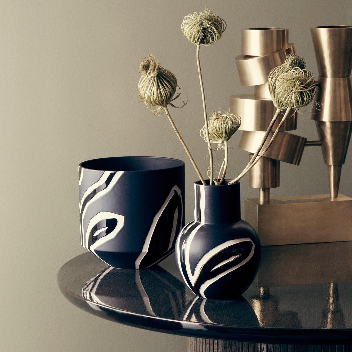 Nice Fiora Flowerpot by Kähler Design | Connox TT11
