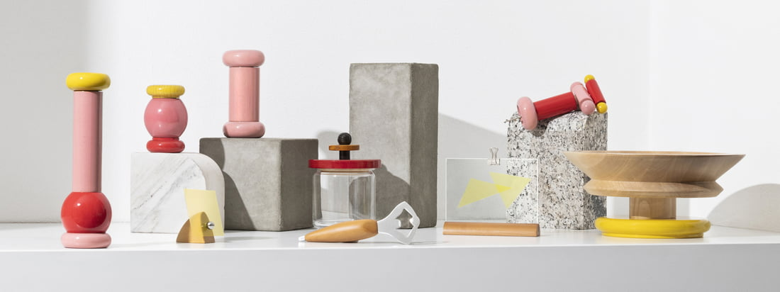 With the Twergi collection, Alessi has been reviving the centuries-old manufacturing tradition on the lathe since 1989. The collection consists of practical kitchen accessories in bright colours and unusual shapes.