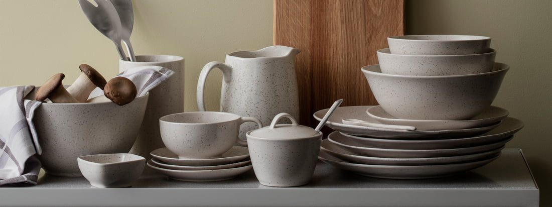 The Nordic Vanilla tableware series by Broste Copenhagen reminds with its appearance of sweet vanilla milk. It includes plates, bowls and mugs in different variations as well as sugar pot and teapot.