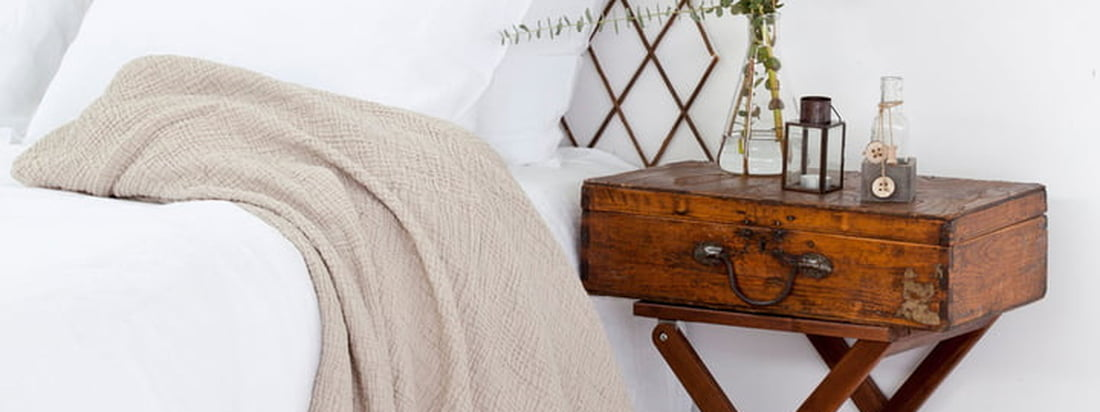 Banner Cocoon Bedspread 3840 1440
