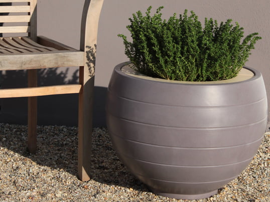 Outdoor planters - category teaser