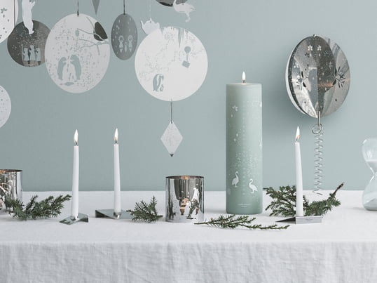 Created by the Swedish design studio All the way to Paris - the candles, jars and candleholders spread a very special Christmas mood, due to the unique colour.