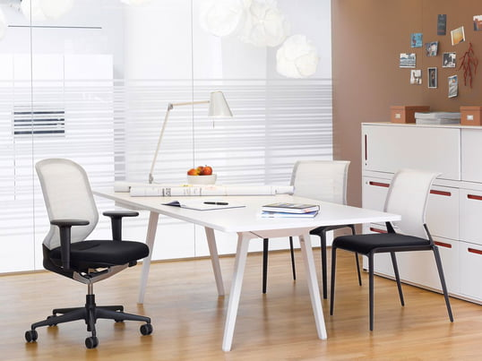 Office equipment so light and comfortable as well as stable. The intelligent Vitra MedaPal Office Chair is exceptional thanks to its intelligent technology with high seating comfort and it nicely fits in together with bright office furniture.