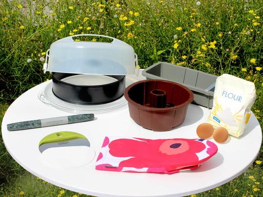 Baking accessories from Hay, Joseph Joseph, Jenaer Glass, Rig-Tig by Stelton, Marimekko and Konstantin Slawinski.