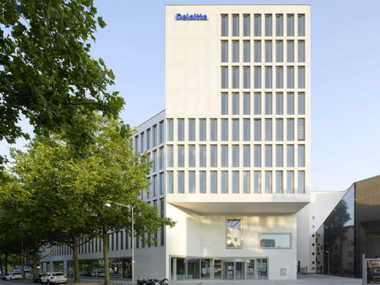 Connox offices in Aegidientorplatz