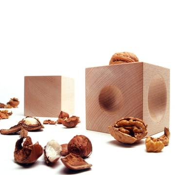 siebensachen - Nusskubus nutcracker, with walnuts
