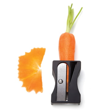 Monkey Business - Karoto Vegetables Sharpener and Peeler - in use