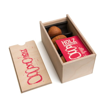 Lessing - Wooden man - box, open