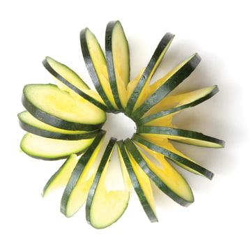 Monkey Business - Cucumbo Vegetables Peeler - cut courgette