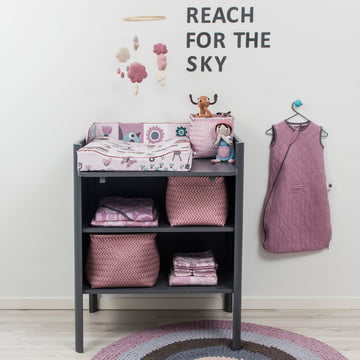 Kili changing unit in grey with subtle pink tones from the Farm Collection