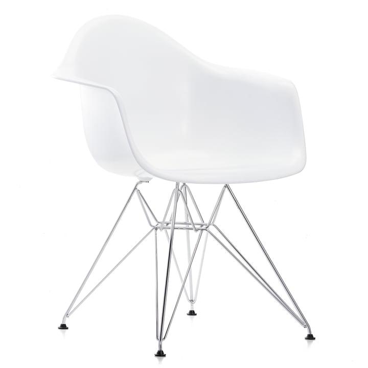 Vitra - Eames Plastic Armchair DAR, chromed / white, felt pads black