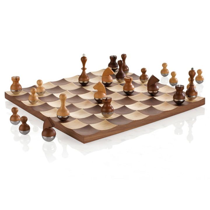 Wobble - Chess Set