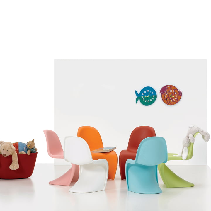 Colourful and stylish children's room with Vitra Panton Junior and Zoo Timer