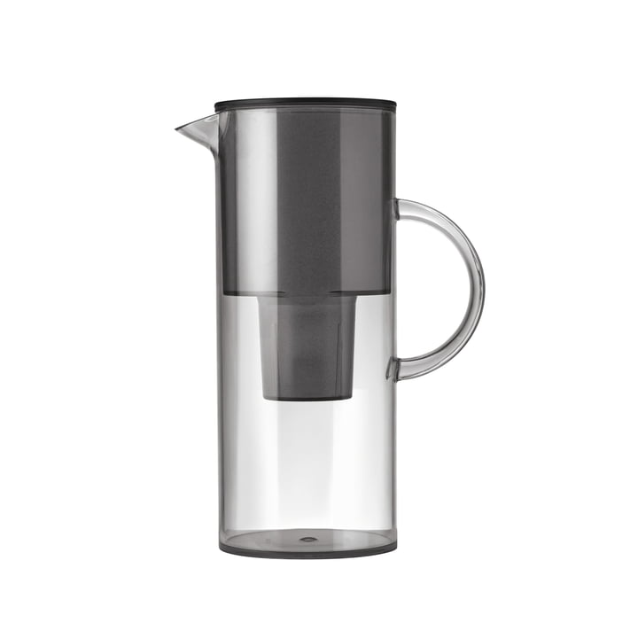 The water filter jug from Stelton reduces the lime content