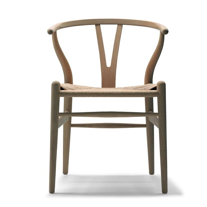 CH24 Wishbone Chair by Carl Hansen in oak oiled / natural wickerwork