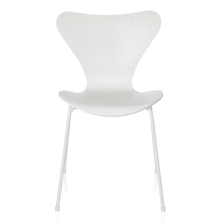 Fritz Hansen - Series 7 Chair, monochromatic white, 46.5 cm