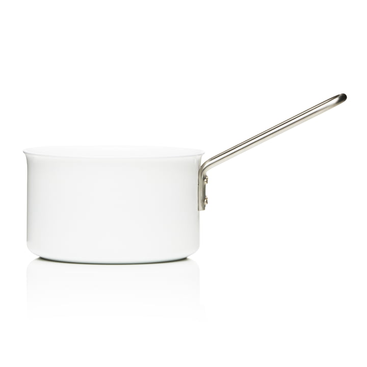 White Line saucepan with a capacity of 1.8 L by Eva Trio