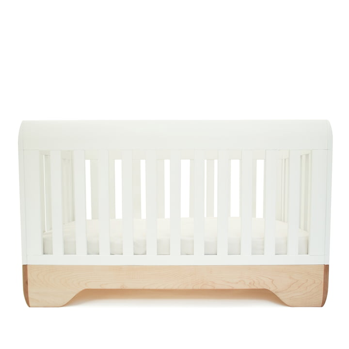 Baby crib Echo by Kalon made from maple in white