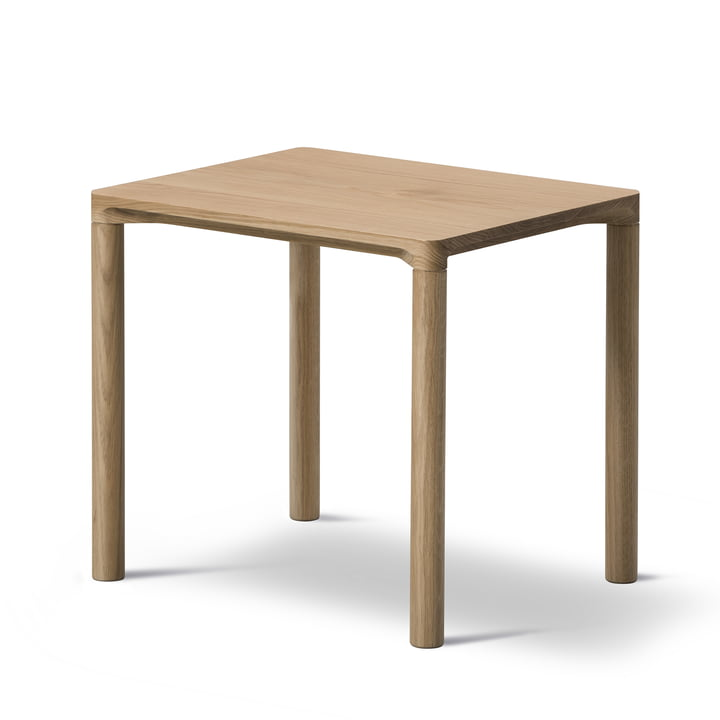 Piloti Sofa table 31 x 39 cm by Fredericia in oak wood