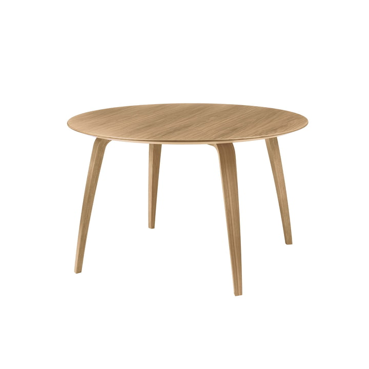 Dining Table 120 x 72 cm by Gubi in Oak