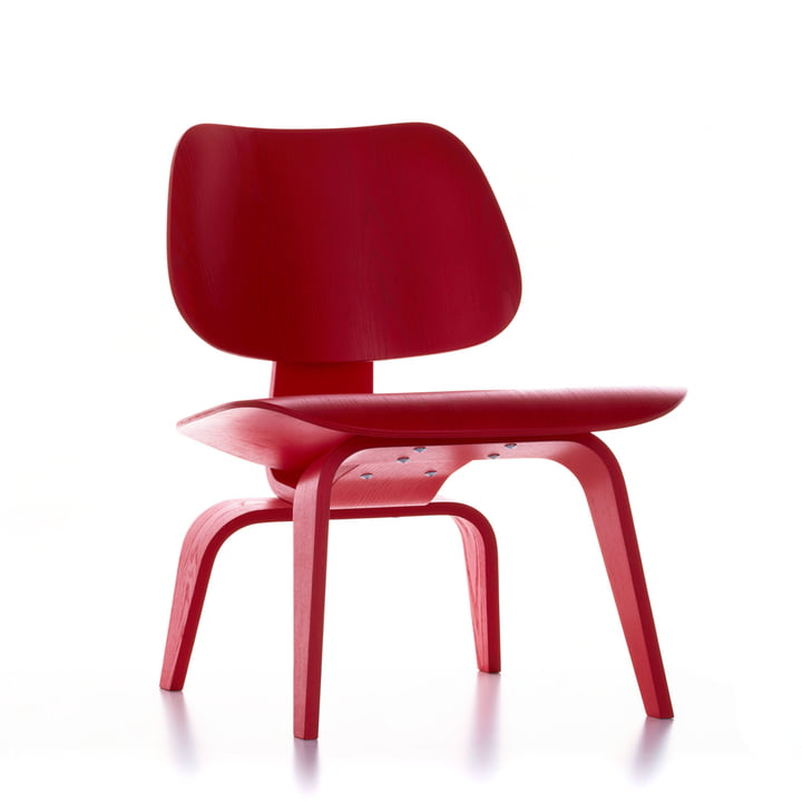 The Vitra - Plywood Group LCW in ash stained red