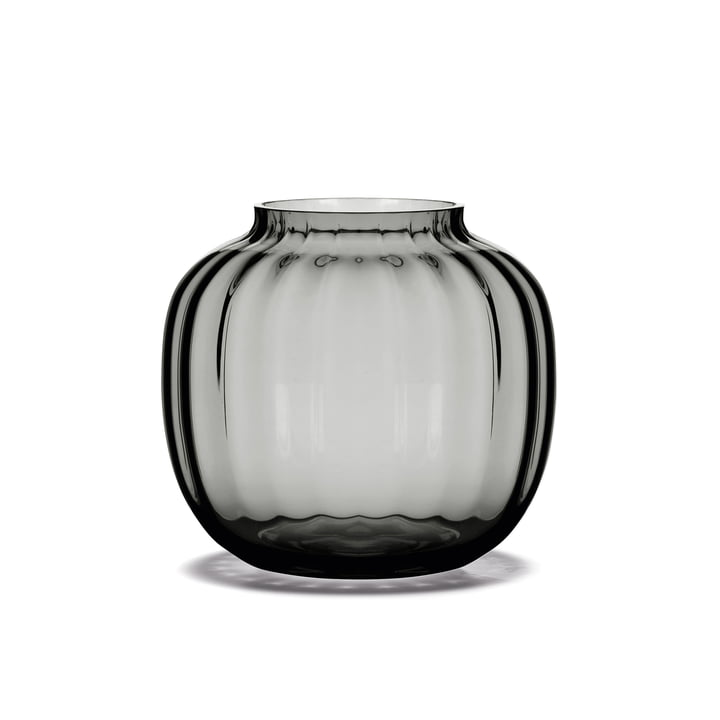 The Primula Vase H 12,5 cm in smoke from Holmegaard