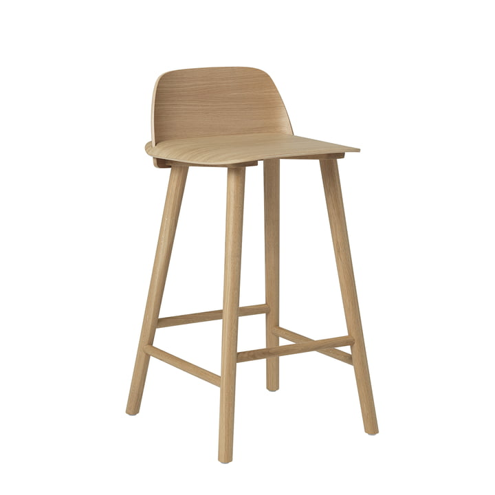 Nerd bar stool H 65 cm from Muuto in oak