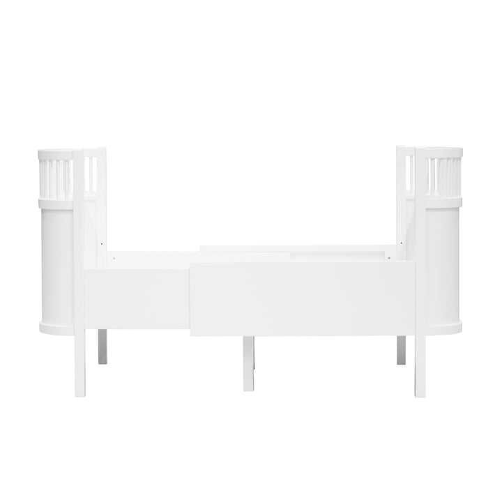 The Sebra bed Junior & Grow from Sebra in white