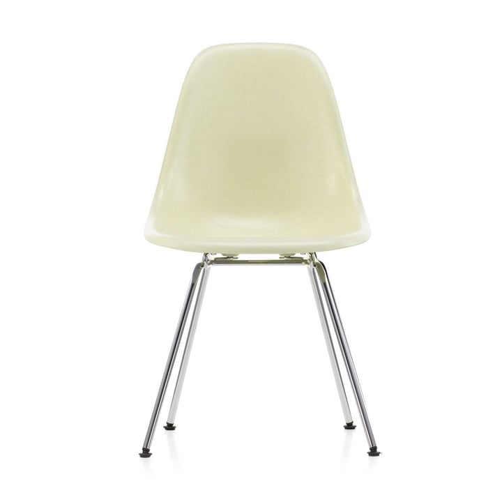 Eames Fiberglass Side Chair DSX by Vitra in chrome / Eames parchment