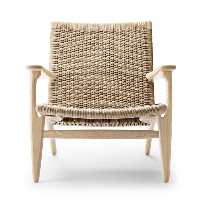 CH25 armchair by Carl Hansen in oak soap / nature