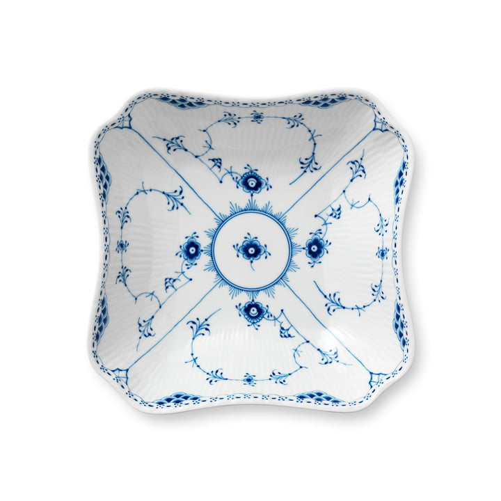 Musselmalet half-tip bowl 21 cm from Royal Copenhagen