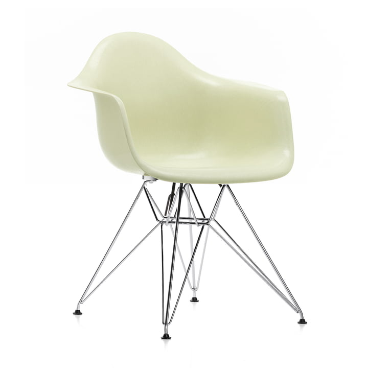 Eames Fiberglass Armchair DAR by Vitra in chrome / Eames parchment