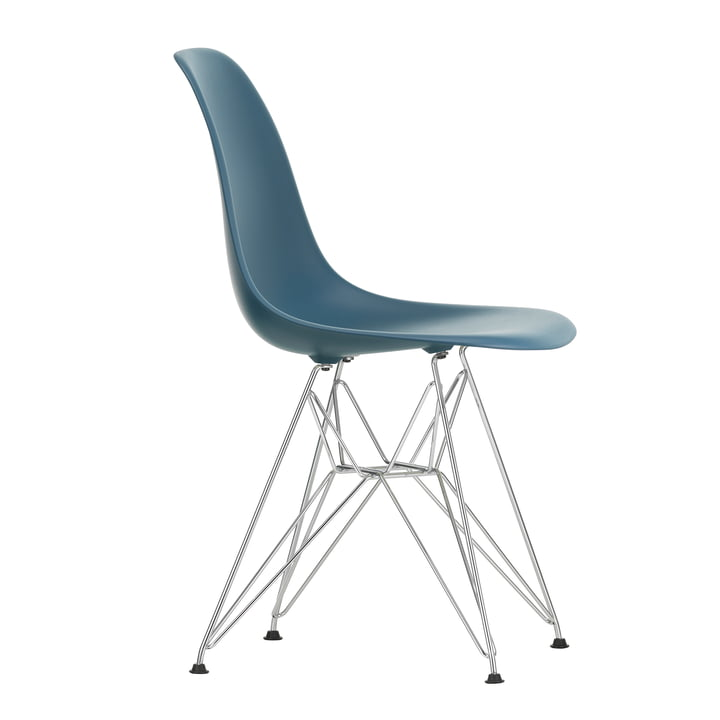 Eames Plastic Side Chair DSR by Vitra in chromed / sea blue